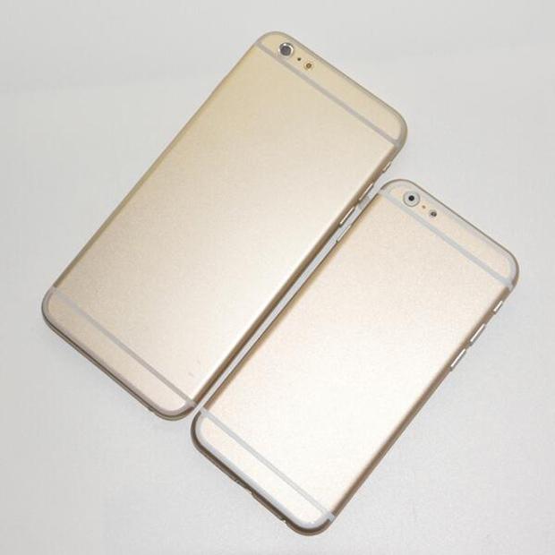 Фото iPhone 6 Gold вид сзади