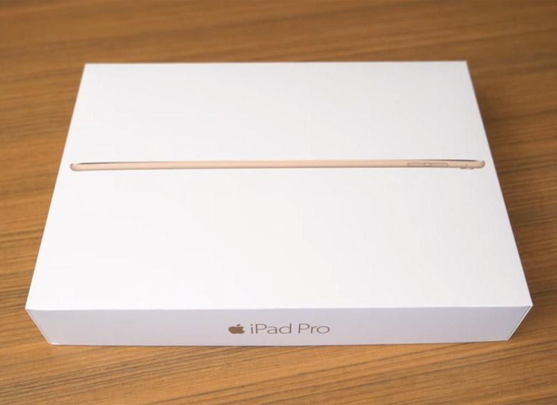 Распаковка iPad Pro 9,7