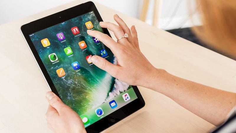 iPad 2017 фото
